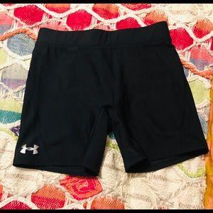 Under Armour Bootie Shorts Size M